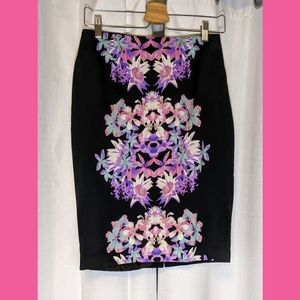 Mossimo Floral Pencil Skirt Size 8